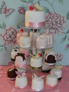 Mini cakes | Flickr - Photo Sharing!