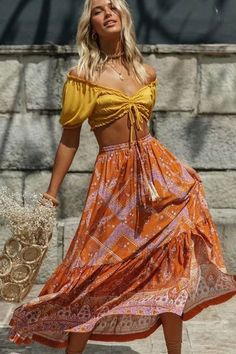 Boho Skirt, Maxi Skirt, Wild Floral in Indian Mustard Boho Beach Style, Look Boho, Gypsy Style, Bohemian Style, Boho Chic, Boho Gypsy, Boho Looks, Hippie Style Summer, Beach Hippie
