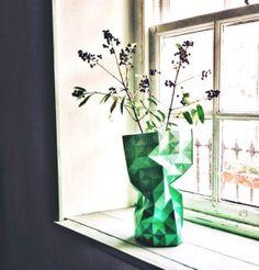 Een wel heel uitzonderlijke vaas: de paper vase uit de vtwonen collectie