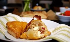 5 enkle tapasretter med butterdeig | Tapas | EXTRA Tapas, Bacon, Snacks, Meat, Chicken, Ethnic Recipes, Food, Drinks, Drinking