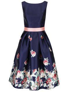 Tmavě modré květované šaty s kapsami Chi Chi London