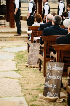 verses lining the ceremony aisle | Tucker Images #wedding