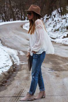 Blouse via Nordstrom Rack ℅hereand here// Joe's Jeans similar here and here // Gigi New York Clutch...