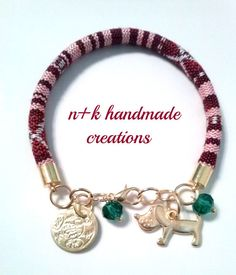Handmade bracelet with golden details. by thenkcreations on Etsy