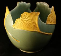 ginkgo bowl from Mary Pratt Hand Built Pottery, Thrown Pottery, Pottery Vase, Ceramic Pottery, Ceramic Bowls, Ceramic Art, Sculptures Céramiques, Clay Studio, Clay Bowl