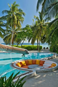 Honeymoon Places, Vacation Places, Dream Vacations, Vacation Spots, Beautiful Places To Travel, Best Places To Travel, Cool Places To Visit, Places To Go, Visit Maldives