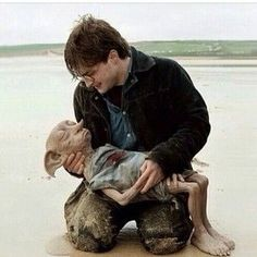 You Ll Never Really Get Over The Death Of Dobby Dobby Harry Potter Harry Potter Hermione Granger Harry Potter Pictures
