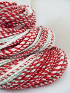 I need this Christmassy yarn!