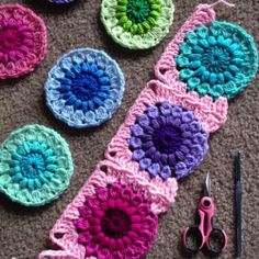 The join that I used is my own Gumball Blanket pattern join, the Mini-Twist, re-worked into the Continuous Join as You Go – see YouTube video tutorial by Crochet Cabana.