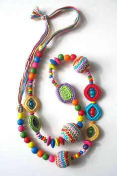 Today's Etsy crochet feature pick is a great colorful necklace by DreamList. I love the great colors as well as the combination of wooden and crochet beads. Textile Jewelry, Fabric Jewelry, Crochet Jewellery, Crochet Bracelet, Bead Crochet, Fabric Necklace, Beaded Necklace, Necklaces, Crochet Collar
