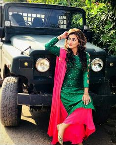 @AMAN❤ Patiala Suit Designs, Kurta Designs Women, Stylish Girls Photos, Stylish Girl Pic, Punjabi Girls, Punjabi Suits, Punjabi Jeep, Salwar Suits, Girl Photo Poses