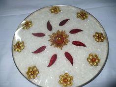 Thali Decoration Ideas, Fruit Decorations, Engagement Decorations, Engagement Gifts, Wedding Decorations, Baby Shower Plates, Wedding Crafts, Wedding Ideas, Wedding Events