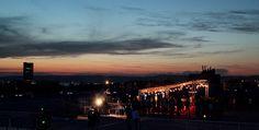 Toit de la Friche à Marseille, Provence-Alpes-Côte d'Azur  http://www.enmodebonheur.fr/2013/08/toit-terrasse-friche-marseille.html