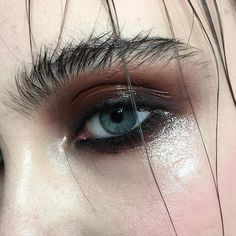 Wet-look Smokey Eye | Deep browns and a touch of pink on the cheeks