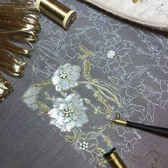 #вышивка #люневильскаявышивка #цветы #рафия #бисер #пайетки #сваровски #lunevilleembroidery
