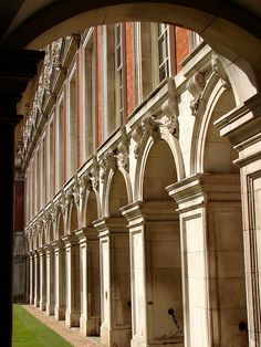 Hampton Court exterior enfilade