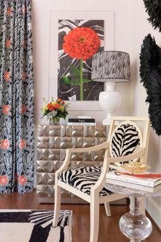 High Point Showhouse | Gray Walker Interiors #interiordesign #homedecor #livingroom #color #pink #coral