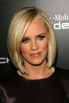 Nice cut- wish I had the hair for it!!