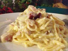 Espaguete carbonara é uma boa pedida para o almoço...