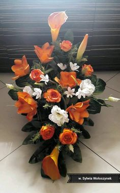 Funeral Flower Arrangements, Funeral Flowers, Floral Arrangements, Floral Design, Art Floral, Memorial Day, Planter Pots, Floral Wreath, Wreaths
