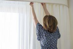 Így mosd a függönyt tavasszal, nem fogod többé utálni! - Ripost Cleaning, Crop Tops, Crafts, Home Decor, Women, Manualidades, Decoration Home, Room Decor, Home Cleaning