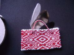This is a taniko design featuring red and white. I really like the design Straw Bag, Red And White, Weaving, Tools, Inspired, Patterns, Inspiration, Design, Maori