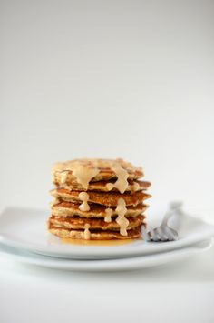 vegan peanut butter & flaxseed pancakes with peanut butter sauce