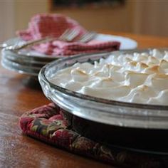 """Margaret's Southern Chocolate Pie 