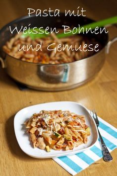 White Bean and Vegetable Pasta - My Little Gourmet Veggie Side Dishes, Food Dishes, Main Dishes, Veggie Recipes, Pasta Recipes, Veggie Food, Vegetarian Dinners, Vegetarian Recipes, Vegetable Pasta