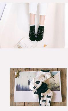 Mens Womens Casual Retro Classic Car Posters Socks Crazy Custom Socks Creative Personality Crew Socks