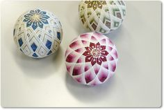 temari with interwoven diamond obi makes an interesting kiku-like affect with a nice colour-fade effect