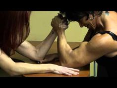 Latia Lisa armwrestle 2)