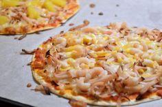 Viktväktarpizza på tortillabröd New Recipes, Cooking Recipes, Healthy Recipes, Lchf, Kebab Wrap, Tortilla Pizza, Good Food, Yummy Food, Recipe For Mom