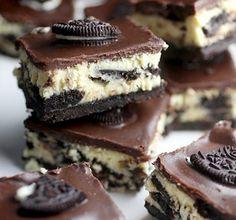 Me Encanta el Chocolate: CHEESECAKE DE OREO BITES  http://www.meencantaelchocolate.com/2014/07/cheesecake-de-oreo-bites.html
