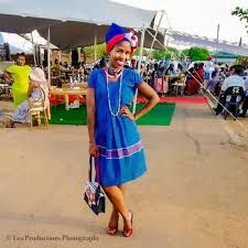 Yele ya sepedi with 3 cats fabric called Kgakana Pedi Traditional Attire, Traditional Outfits, African Fashion Traditional, Cat Fabric, African Jewelry, African Attire, Summer Dresses, App, Google Search