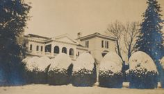 Sweet Briar College's Sweet Briar House covered in snow, 1915.  Sweet Briar College, some rights reserved. CC-BY-NC.