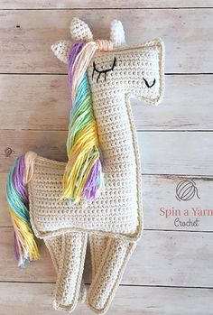 [Free Crochet Pattern] Add A Little Sparkle To Your Day With This Beautiful Ragdoll-Style Amigurumi Unicorn