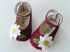 no 048 Leila Felt Baby Shoes PDF Pattern por sewingwithme4 en Etsy