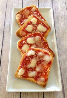 Pizzette veloci di pancarrè con pomodoro e mozzarella