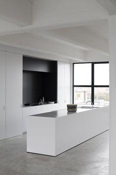 Minimal black and white kitchen