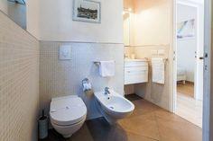 Dai un'occhiata a questo fantastico annuncio su Airbnb: Pontevecchio view 2BD up to 5guests - Appartamenti in affitto a Firenze