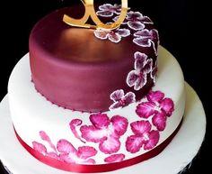 Birthday Cakes Elegant Purple Round Custom Birthday Cake Idea With Flower Pattern