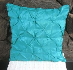 Earth Alone Earthrise Book 1 Colors Aqua Color And Pillows