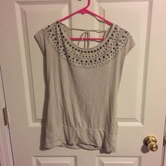Rock & R build scoop neck shirt Scoop neck top with studded accents. Ties in back. Excellent condition Rock & Republic Tops Tees - Short Sleeve
