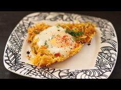 Salli per Eeda / Spicy Eggs with Potato Straws - YouTube