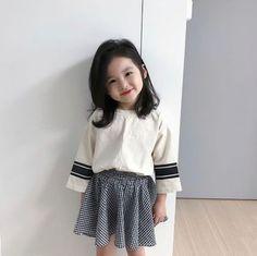 Most Popular Korean Baby Kids Ideas Cute Asian Babies, Korean Babies, Cute Babies, Fashion Kids, Baby Girl Fashion, Fashion 2020, Fashion Fall, Fashion Trends, Mode Ulzzang
