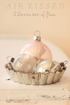 THYMEROSE LOVES! ornaments in tart tin https://www.etsy.com/uk/shop/Thymerose