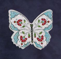 IMG_1823 (1280x1232) Tattoo Minimaliste, Pretty Blonde Girls, Mother Daughter Tattoos, Butterfly Decorations, Turkish Art, Vanilla Essence, Glazes For Pottery, Pretty Tattoos, Tile Art