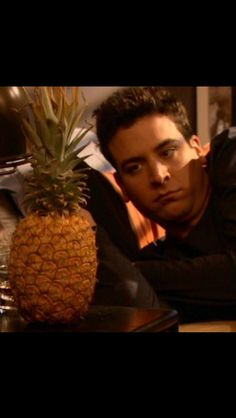 """The Pineapple incident"" We never found out about the pineapple. Damn you! How I Met Your Mother, Himym, Great Tv Shows, I Meet You, Pineapple, Have Fun, Fandoms, Lol, Memes"