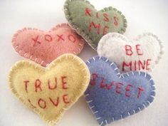 These sweet wool felt conversation hearts are from Maiseyhandmade on Etsy . 'Hope you all have a wonderful weekend! Valentine Day Love, Valentine Day Crafts, Holiday Crafts, Felt Decorations, Valentines Day Decorations, Fabric Hearts, Paper Hearts, Heart Crafts, Felt Hearts